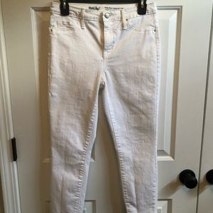 White Mossimo high rise jegging.